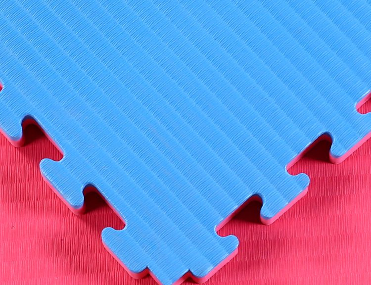 TATAMI FINISH WITH RED BLUE 2
