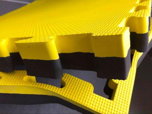 Interlocking gym mats